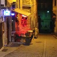 Das Foto wurde bei Tag Cafe & Bistro Istanbul von Nuran E. am 3/29/2013 aufgenommen