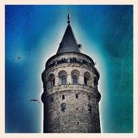 Das Foto wurde bei Galataturm von Burçin D. am 7/2/2013 aufgenommen