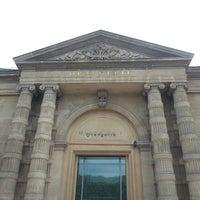 รูปภาพถ่ายที่ Musée de l'Orangerie โดย Vickie F. เมื่อ 5/27/2013