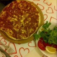 4/22/2013 tarihinde Cagla E.ziyaretçi tarafından Pronto Pizza'de çekilen fotoğraf