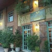 Foto diambil di Villa Tevere oleh Regina L. pada 12/12/2012