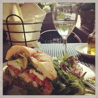 รูปภาพถ่ายที่ Piattini Wine Cafe โดย Tiffany G. เมื่อ 6/6/2013