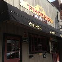 Foto diambil di Phoenix Bar oleh Gilda J. pada 4/6/2013