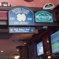 Das Foto wurde bei BD Riley's Irish Pub von Jon L. am 3/11/2013 aufgenommen