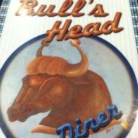 Das Foto wurde bei Bull's Head Diner von Jeanne B. am 11/16/2012 aufgenommen