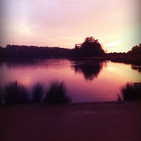 11/10/2012에 Janis B.님이 Richmond Park에서 찍은 사진