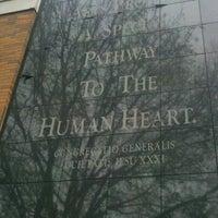 Foto tomada en Weinberg Memorial Library (University of Scranton) por Kristina el 11/4/2012
