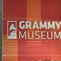 1/11/2013 tarihinde Guylaine Simone G.ziyaretçi tarafından The GRAMMY Museum'de çekilen fotoğraf