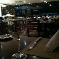 Foto tirada no(a) Becco Restaurante por Natalia G. em 10/17/2012