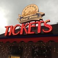 Das Foto wurde bei The Seattle Great Wheel von Jeff P. am 12/26/2012 aufgenommen