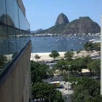 Foto tirada no(a) Botafogo Praia Shopping por Lucas R. em 9/15/2012