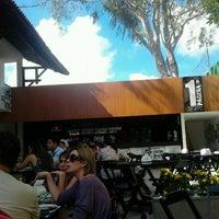 Foto diambil di Primeira Página Bar & Restô oleh Chelne B. pada 11/24/2012