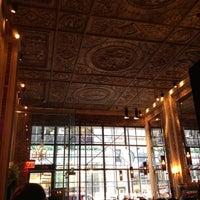 รูปภาพถ่ายที่ Brasserie Pushkin โดย Andrey M. เมื่อ 10/2/2012
