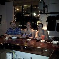 รูปภาพถ่ายที่ Round Guys Brewing Company โดย Matthew C. เมื่อ 6/1/2013