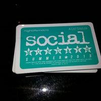 รูปภาพถ่ายที่ Social Sports Kitchen โดย Rickie F. เมื่อ 5/12/2013