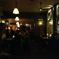 Photo prise au Café Stevens par Euge N. le3/24/2013