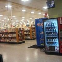 12/11/2012 tarihinde Michael W.ziyaretçi tarafından Publix'de çekilen fotoğraf