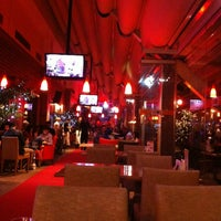 2/24/2013 tarihinde ཿ༄ོ EKЯEM༄ོོོཿziyaretçi tarafından Shey Bowling & Cafe'de çekilen fotoğraf