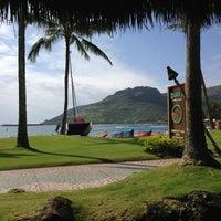 Foto tomada en Duke's Kauai por Ziad S. el 3/10/2013