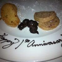 รูปภาพถ่ายที่ Aria Restaurant โดย AnnaLee A. เมื่อ 5/4/2013