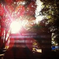 Foto tomada en Parque Para La Paz por Adrian V. el 11/24/2012