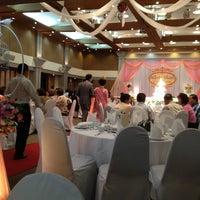 Das Foto wurde bei Phuket Merlin Hotel von Nareerat N. am 2/2/2013 aufgenommen