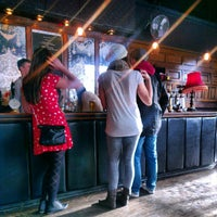 Foto scattata a Lock Tavern da Dan R. il 1/26/2013