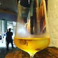 Снимок сделан в The Winemakers Club пользователем Mark E. 7/7/2016