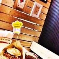 11/25/2014에 esraben님이 Şef's Burger에서 찍은 사진
