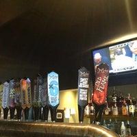Photo prise au DuClaw Brewing Company par Liz S. le3/24/2013