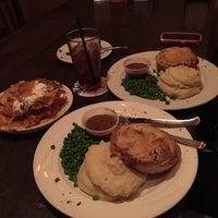Foto scattata a McMullan's Irish Pub da Sarkis A. il 10/5/2014