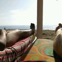 Foto tomada en Banana Beach por Mark u. el 10/6/2016