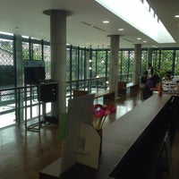 7/19/2014 tarihinde AorPG R.ziyaretçi tarafından Ban Chirayu-Poonsapaya Discovery Learning Library'de çekilen fotoğraf