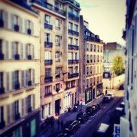 Photo prise au Hotel De Suede Saint Germain par Zhoo C. le5/12/2014