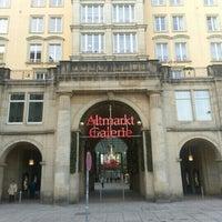 Das Foto wurde bei Altmarkt-Galerie von Richard E A. am 12/31/2012 aufgenommen