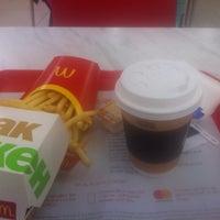 Снимок сделан в McDonald's пользователем Aleks 7. 11/16/2018