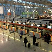 12/10/2012にPiotr M.がワルシャワ ショパン空港 (WAW)で撮った写真