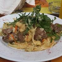 Foto tirada no(a) Restaurante Caldeiras & Vulcões por Carolina M. em 7/20/2014