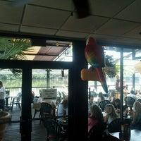6/21/2013에 Zach M.님이 Dukes Bar & Grille에서 찍은 사진
