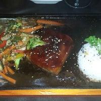 9/11/2014 tarihinde Juan F.ziyaretçi tarafından Taiyo Sushi Bar'de çekilen fotoğraf