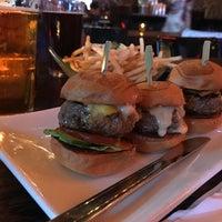 Foto tirada no(a) Umami Burger por namiko em 7/28/2018