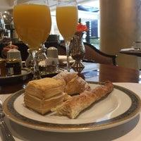 Foto tirada no(a) St. Regis Restaurante por Ivolicious em 11/2/2017