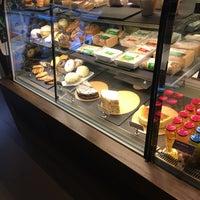 Photo prise au Starbucks Coffee par Taiyo M. le6/28/2018