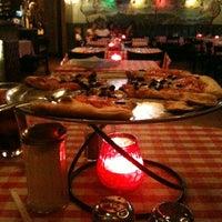 Foto scattata a Antonio's Pizzeria & Italian Restaurant da WildJipsee il 4/28/2013