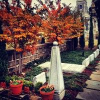 Das Foto wurde bei Oakland Cemetery von Chad E. am 11/7/2012 aufgenommen