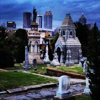 Das Foto wurde bei Oakland Cemetery von Chad E. am 9/14/2012 aufgenommen