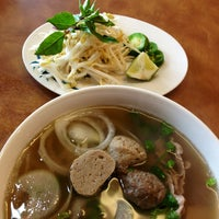 Le's Pho Tai & Sandwiches - 8 tips from 183 visitors