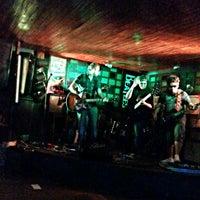 Foto diambil di Decky Bar oleh Paulo D. pada 7/28/2013