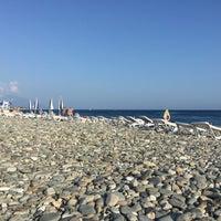 Foto tomada en Radisson Blu Resort Beach por Татьяна К. el 8/1/2016