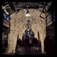 3/5/2013 tarihinde Burk J.ziyaretçi tarafından Chelsea Market'de çekilen fotoğraf